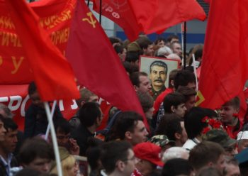 De regering in Moskou interpreteert Stalins nalatenschap op een eenzijdige manier. Dat is zorgelijk en roept vragen op, omdat de manier waarop landen en samenlevingen omgaan met hun verleden bepaalt hoe zij zich in de toekomst zullen ontwikkelen.